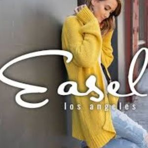 Easel clothing